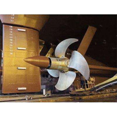 LOEWE MARINE full-spade rudders with LOEWE FCR hub-bulb technology